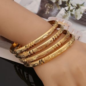 Why Women Should Accessorize With Bangles