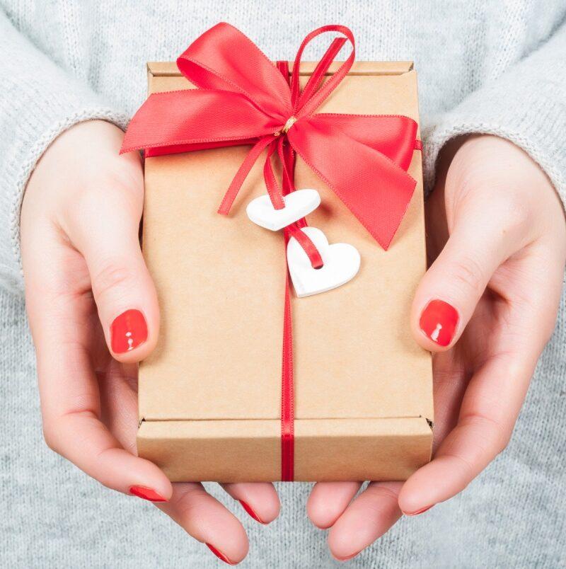 -gifts-l.jpg