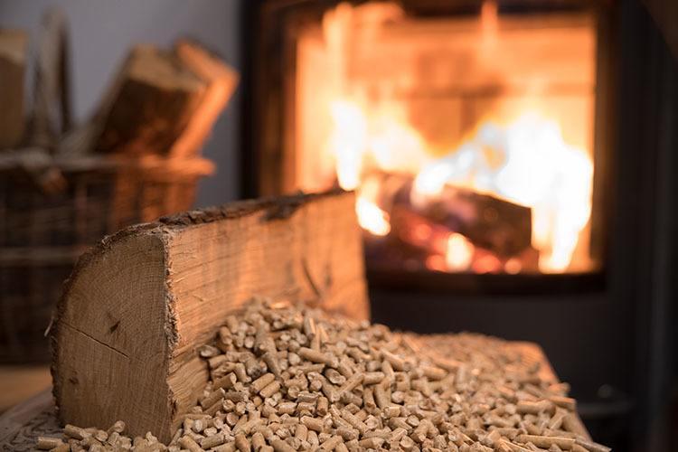 Choosing a Wood Burning Stove vs. a Pellet Stove - Creative Energy